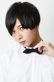 花山 薫(Kaoru Hanayama)